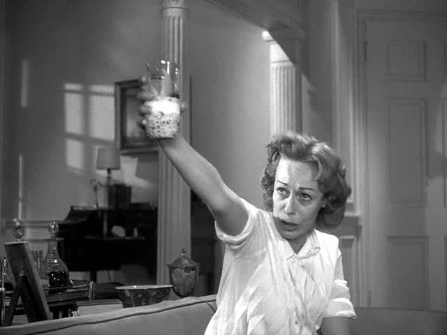 Eileen Heckart goes at it hard and heavy as the wretched Mrs Daigle:  Ham on wry.