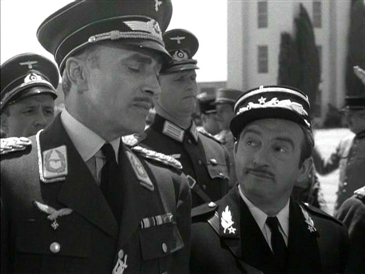 Conrad Veidt, Claude Rains:  'Oh, ve Germans must get used to all climates -- from Russsia to the Sahara.'
