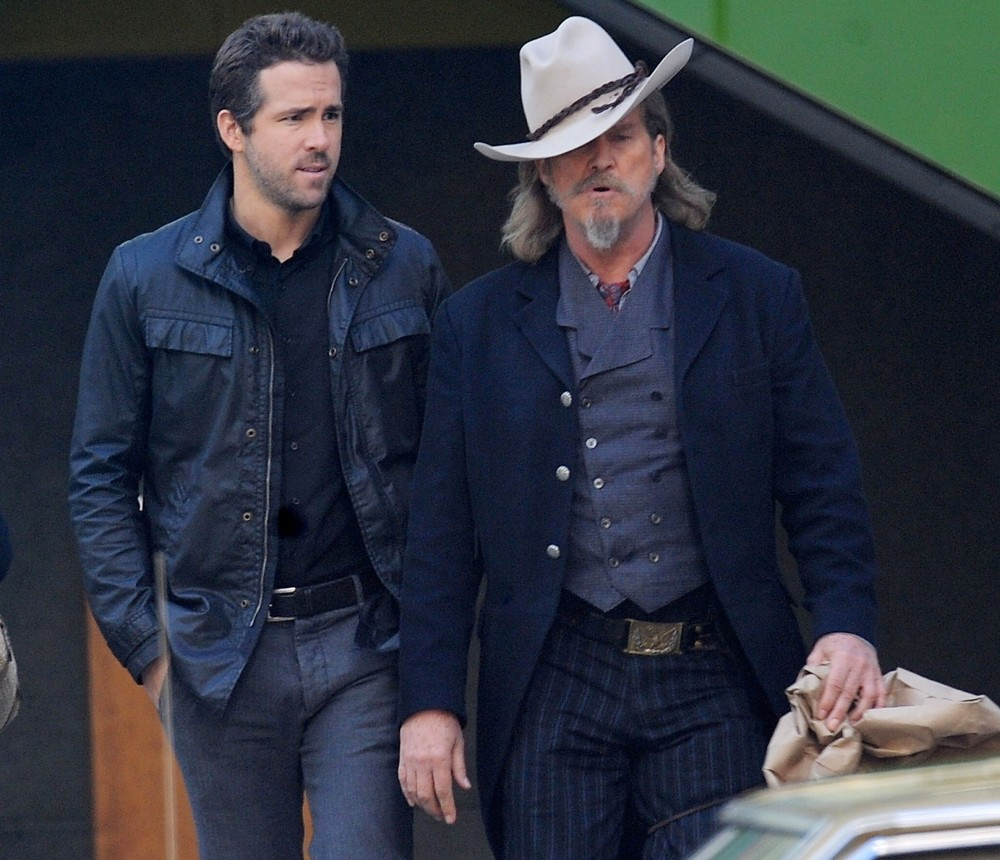 Ryan Reynolds, Jeff Bridges: Do not resuscitate.