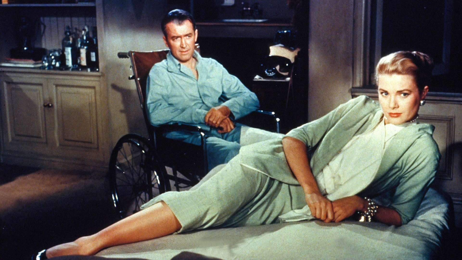 Rear Window, movie, film, Hitchcock, movie review, grace kelly, james stewart,