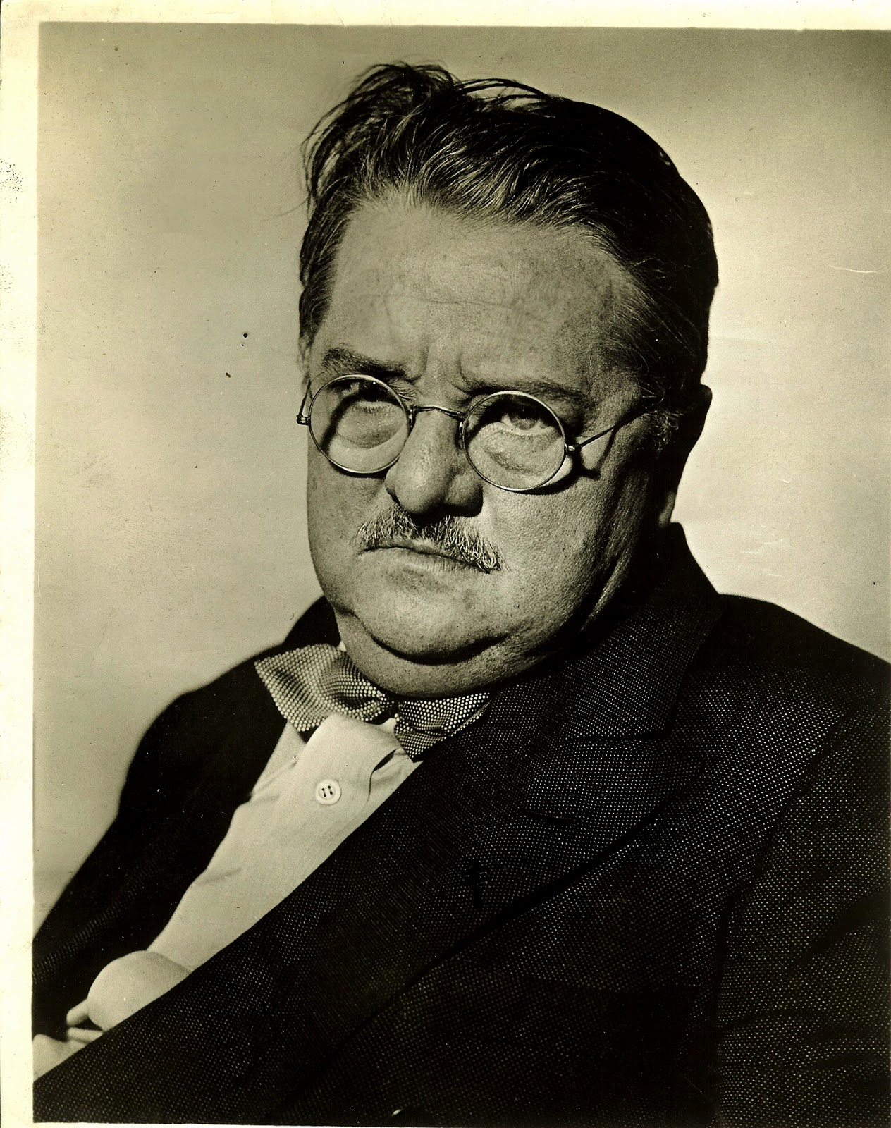 Alexander Woollcott, the real-life Sheridan Whiteside. Asked to describe him in one word, George S. Kaufman answered, 'Improbable.'